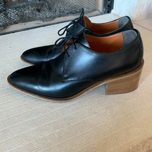 Everlane Modern Oxford women's shoes